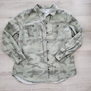 OLD NAVY Camo Button Down Size Large